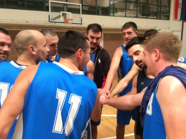 Invicta-team-celebration-8-11-2015